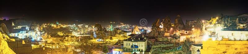 Download Le luci di Cappadocia fotografia stock. Immagine di fairy - 56875878