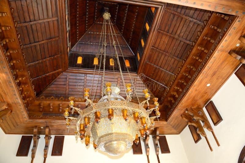 Le lustre au lobby de l'hôtel de luxe, Sharm el Sheikh images libres de droits