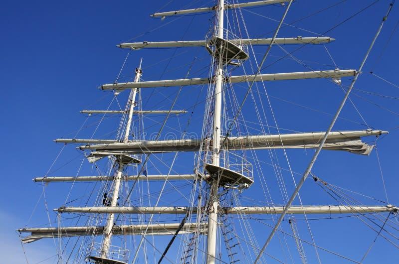 Le mât grand de bateau photos libres de droits