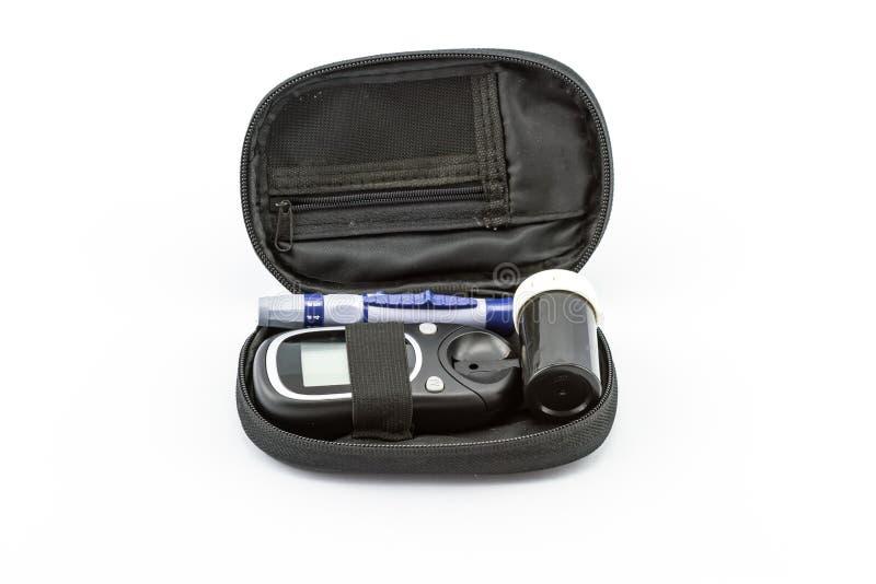 Le mètre de glucose sanguin, la valeur de sucre de sang est mesuré sur fing images libres de droits