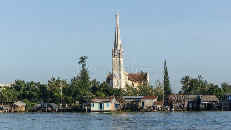 Le Mékong, Vietnam - 29 novembre 2015 : L'église catholique dans le delta du Mékong, Vietnam Le delta du Mékong est la région dan photos stock