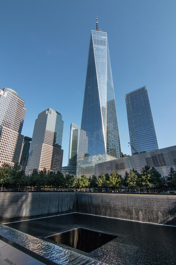 Le mémorial de NYC 9/11 au World Trade Center rectifié photographie stock