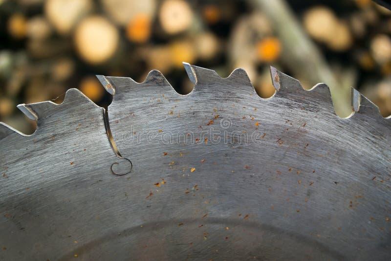 Le métal a vu le cercle images stock