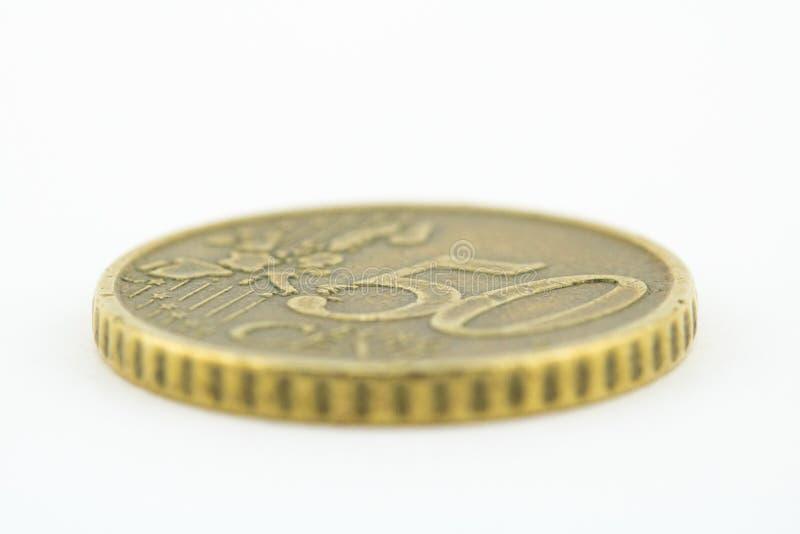 Le macro de l'cinquante euro cents inventent sur le fond blanc Euro pi?ces de monnaie images stock