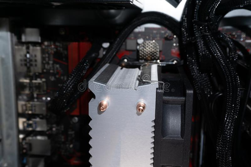 Le mainboard d'ordinateur installent installer le principal-conseil de conseil principal photo stock