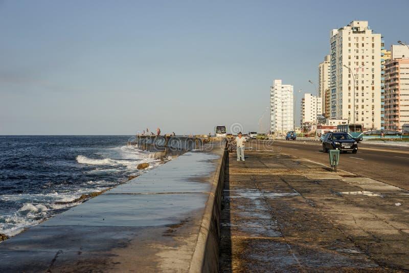 Le Malecon à La Havane, Cuba images stock