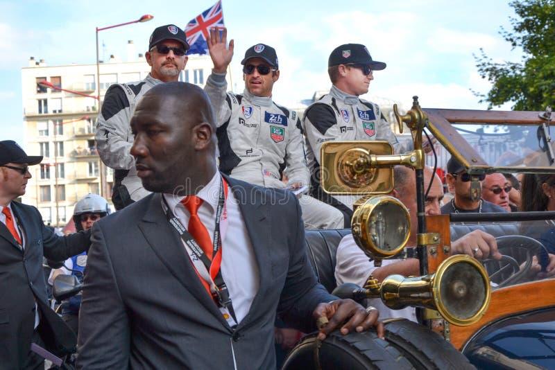 LE MANS FRANKRIKE - JUNI 13, 2014: Patrick Dempsey och hans lag i Le Mans, Frankrike royaltyfri bild