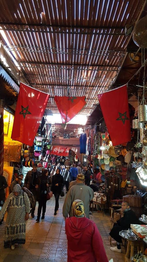 Le marché central de Marrakech arkivfoton