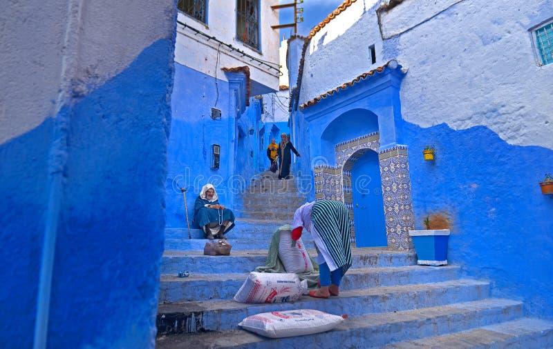 Le Maroc, 2014 - la rue dans le Marocain la Médina les villes Chefchaouen, vie quotidienne dans les villes de l'Arabe Afrique Mur images libres de droits