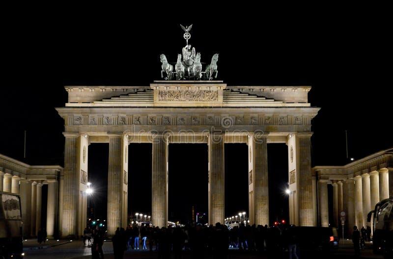 Le massif de roche de Brandenburger de Porte de Brandebourg, Berlin, Gemany photographie stock libre de droits