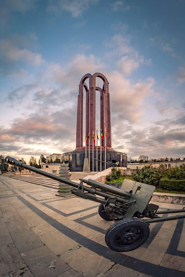 Le mausolée des héros roumains images libres de droits
