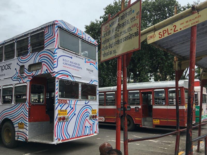 Le MEILLEUR autobus au maharashtra de Mumbai de jardin de VT Bhatia Udyan de CSMT photographie stock