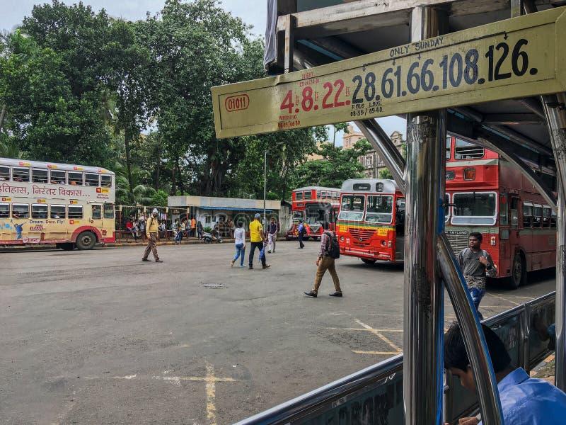 Le MEILLEUR autobus au maharashtra INDE de Mumbai de jardin de VT Bhatia Udyan de CSMT photo stock
