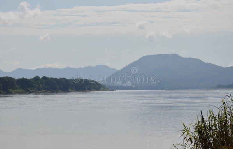 Download Le Mekong en Thaïlande image stock. Image du course, onde - 56476983