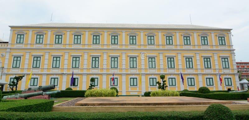 Le ministère de la Défense le bâtiment à Bangkok photos libres de droits