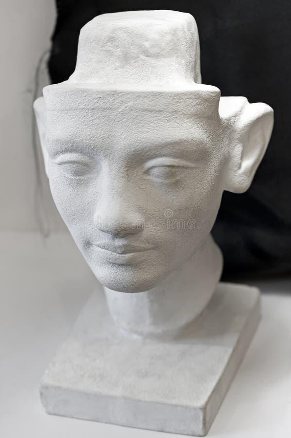 Le modèle principal de plâtre a moulé pour apprendre le dessin de visage images stock