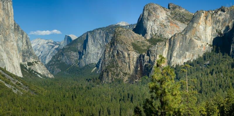 Le moitié-dôme de Yosemite photographie stock