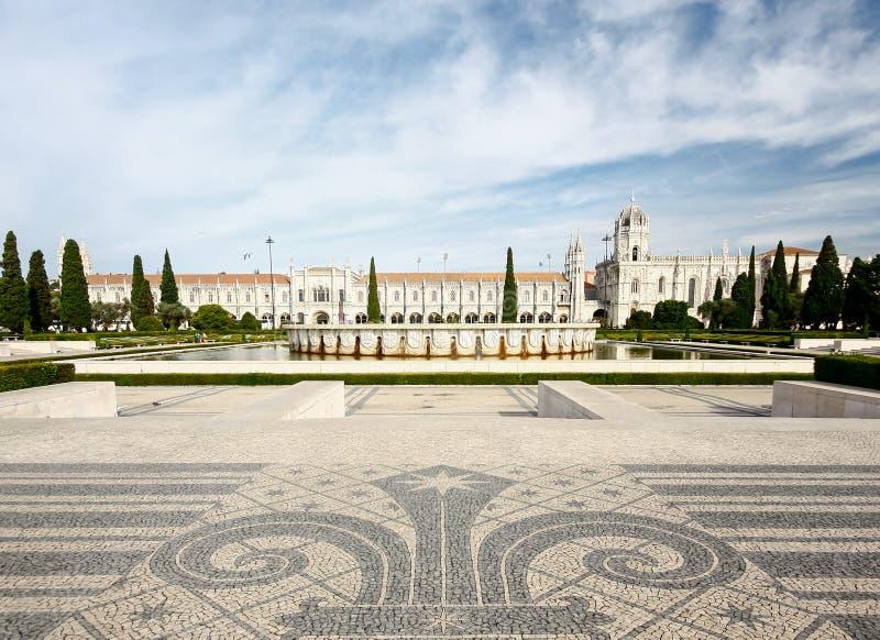 Le monastère de Jeronimos ou le monastère de Hieronymites est localisé dedans photos libres de droits