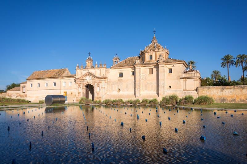 Le monastère du Cartuja, maintenant le site d'Art Center contemporain andalou en Séville photographie stock libre de droits