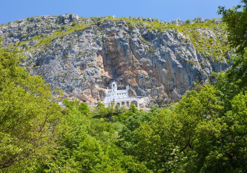 Le monastère Ostrog est un monastère de serbe photos stock