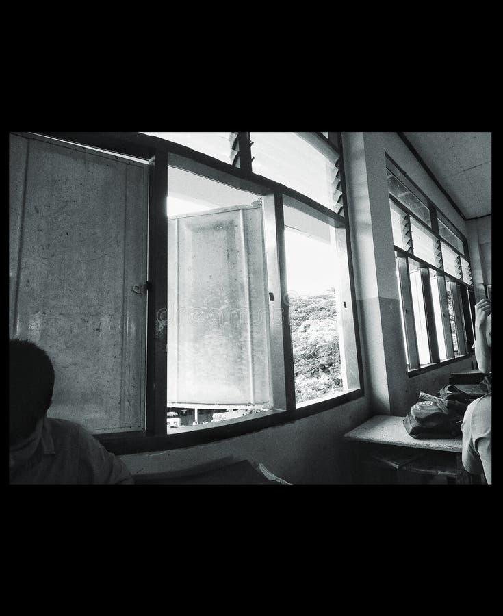 Le monochrome de fenêtre photographie stock