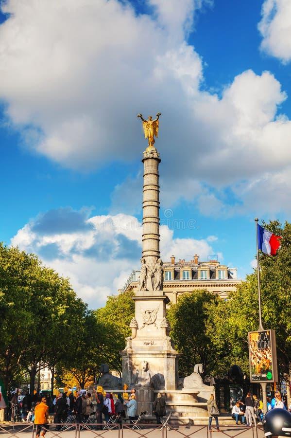 Le monument de Fontaine du Palmier à Paris photographie stock