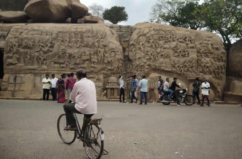 Le monument de la Pénitence d'Arjuna à Mahabalipuram alias Mamallapuram à Tamilnadu photos libres de droits