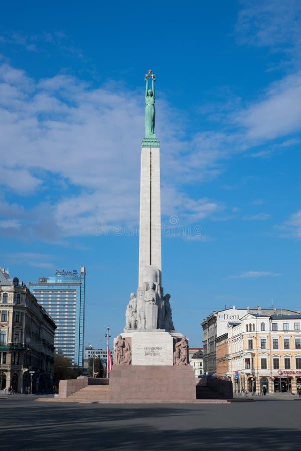 Le monument de liberté à Riga, Lettonie photographie stock libre de droits