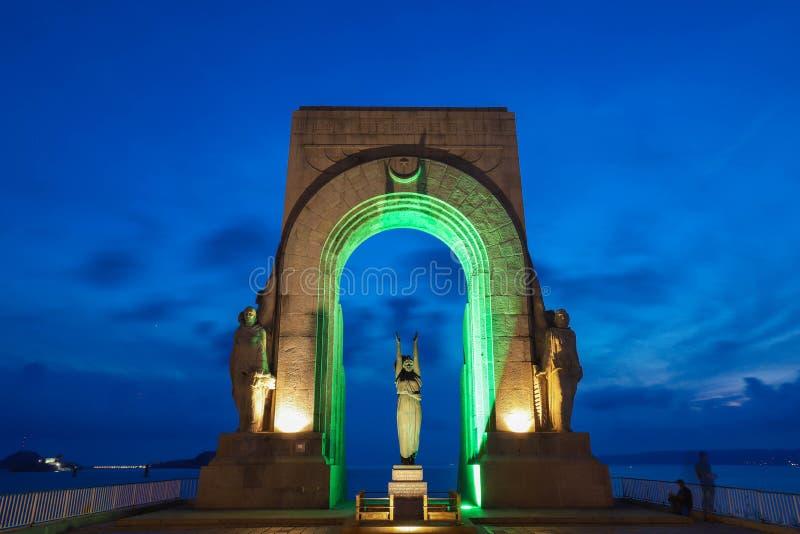 Le monument situé sur le corniche à Marseille, France a consacré aux morts de l'armée orientale et des terres éloignées, dedans images stock