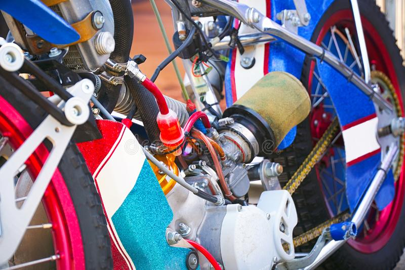 Le moteur de la moto pour le speed-way images libres de droits