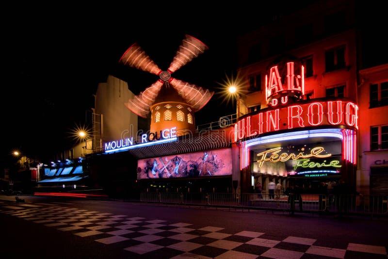 Le Moulin rouge photographie stock libre de droits