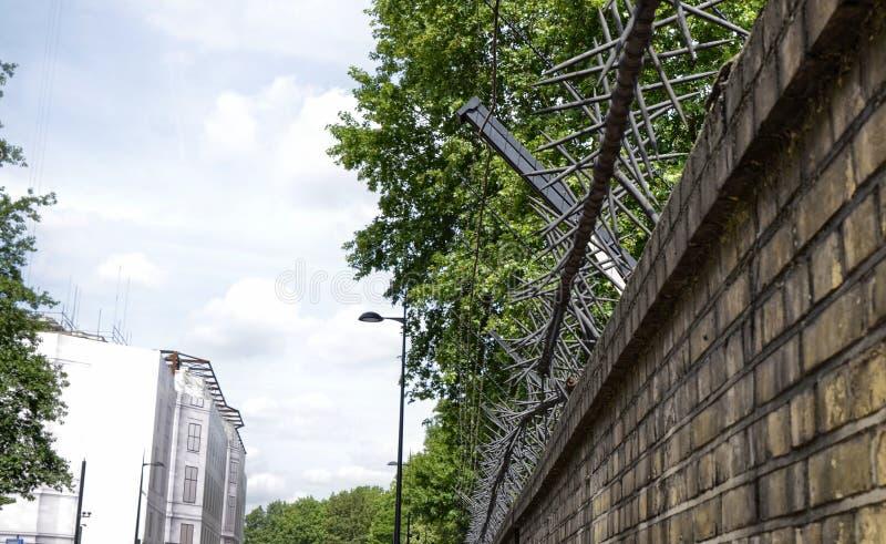 Le mur des jardins de Buckingham Palace image libre de droits