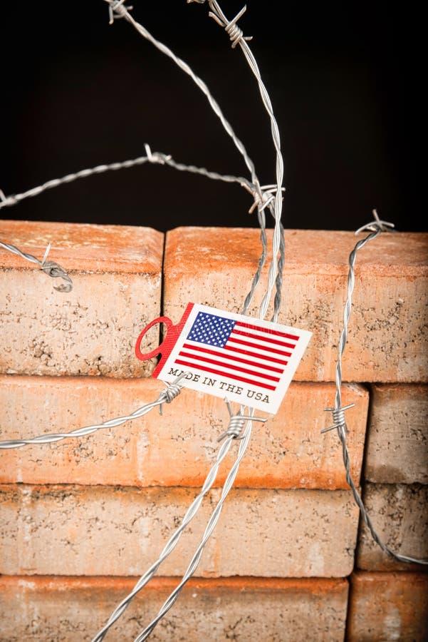 Le mur, un concept d'immigration image stock