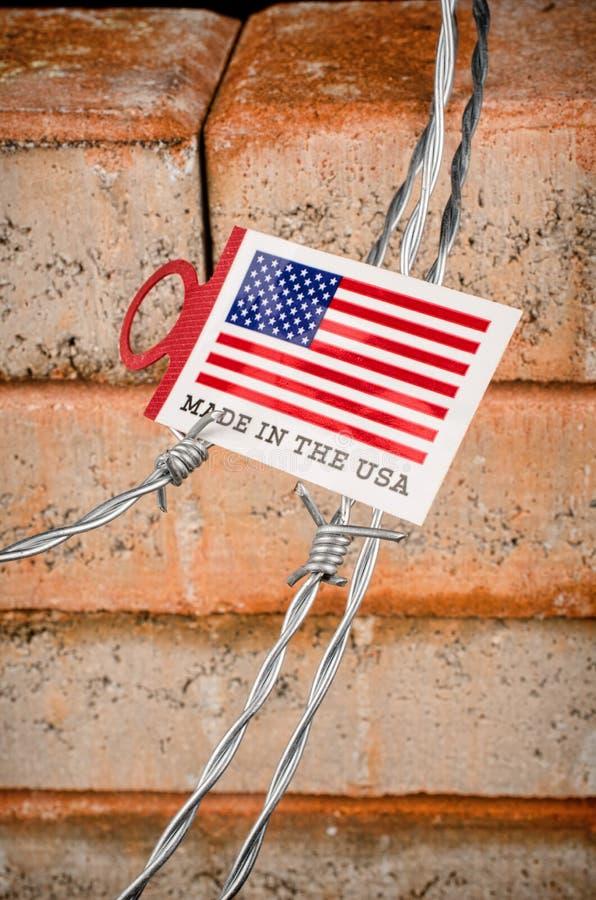 Le mur, un concept d'immigration photos libres de droits