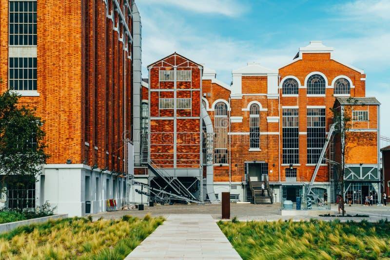 Le Musée d'Art, l'architecture et la Technology Museu de Arte, l'Arquitetura e Tecnologia ou le MAAT est la Science et un projet  photographie stock libre de droits