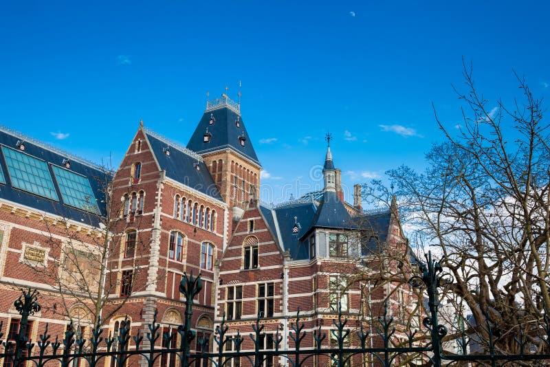 Le Musée National situé à la place de musée à Amsterdam photos libres de droits