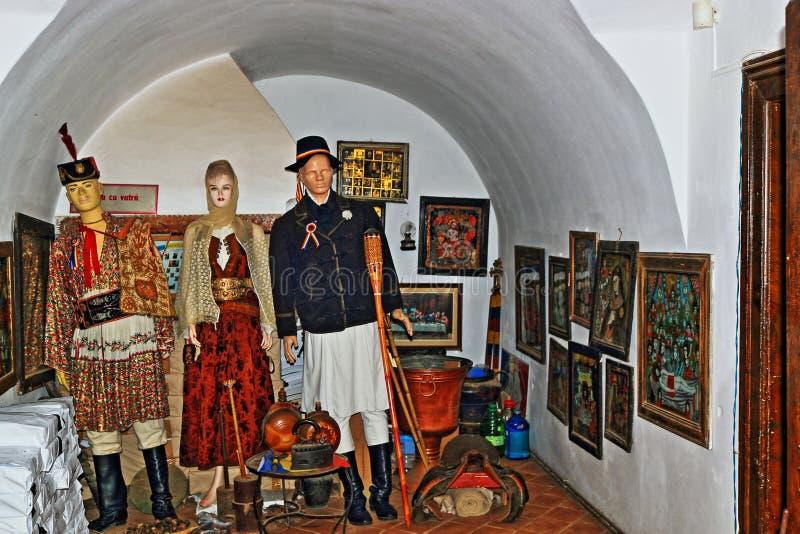 Le musée roumain traditionnel montre BraÈ™ov Roumanie images stock