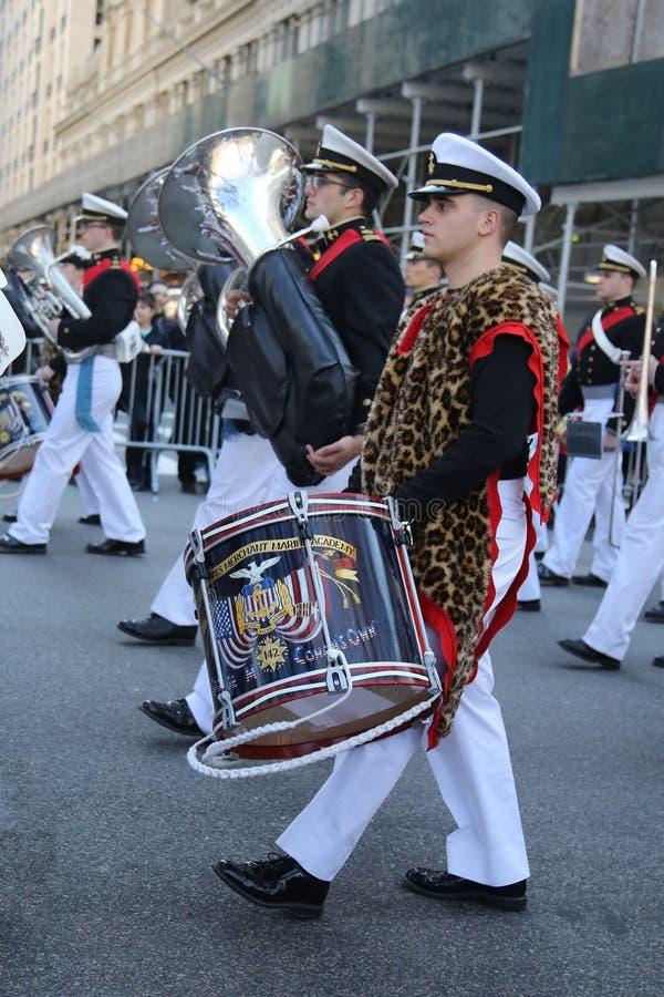 Le négociant Marine Academy des Etats-Unis marchant au défilé de jour du ` s de St Patrick à New York photographie stock