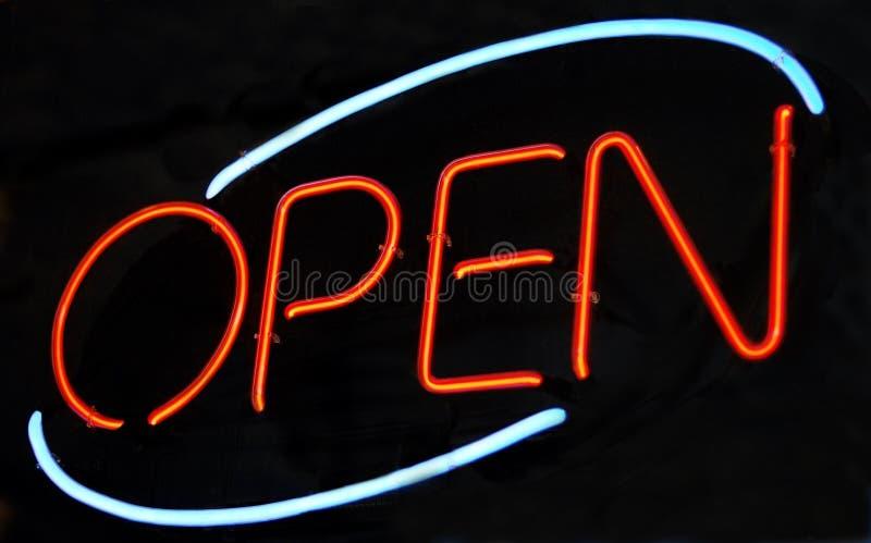 Le néon «ouvrent» le signe photos stock