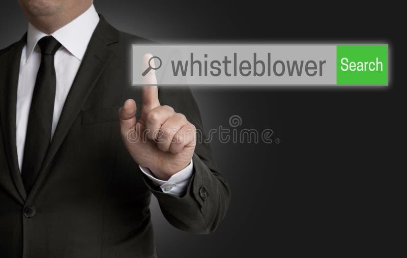 Le navigateur d'Internet de Whistleblower est actionné par l'homme d'affaires photographie stock libre de droits