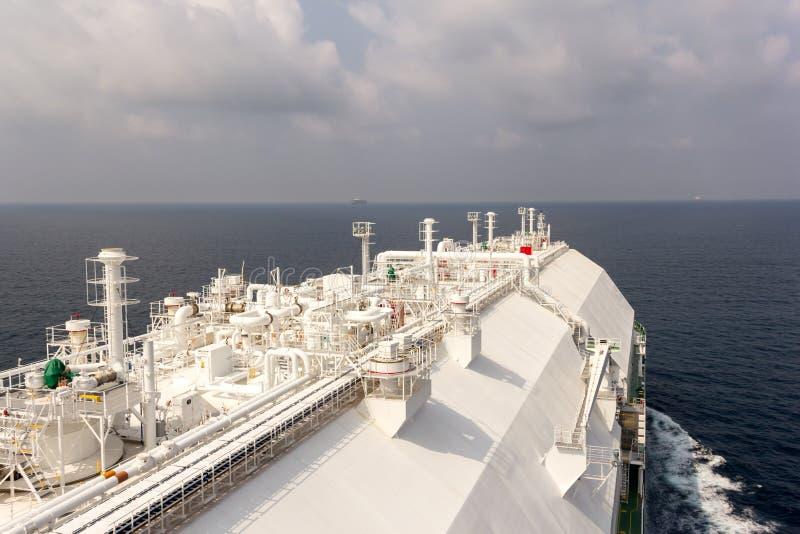 Le navire de GNL fournit le gaz naturel image libre de droits