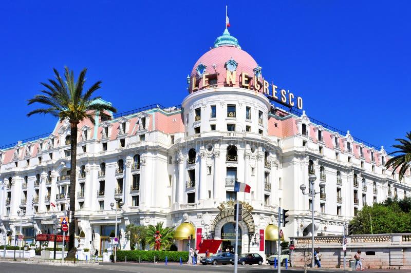 Le Negresco Hotel in Nice, Frankrijk stock foto