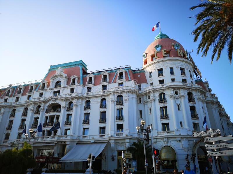 Le Negresco Hotel in Nizza, Frankreich lizenzfreies stockbild