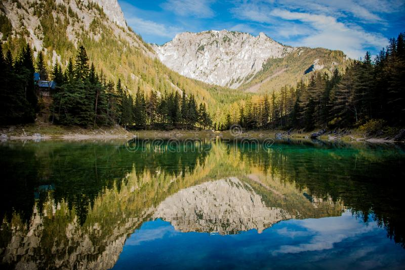 Le ner de ¼ de Grà voient le lac vert photographie stock