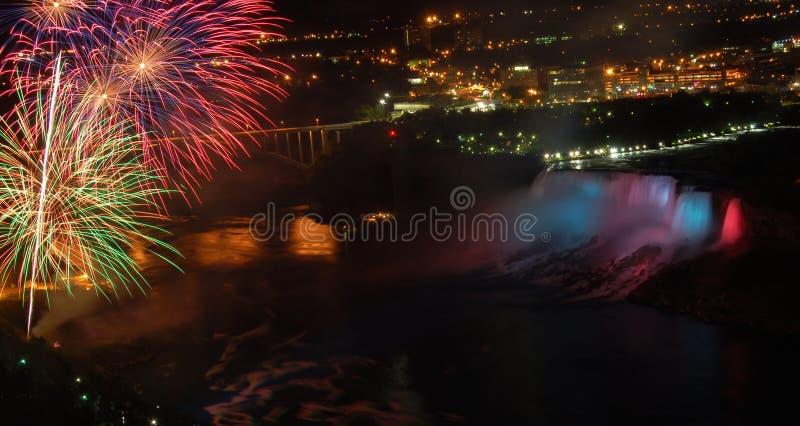 le Niagara Falls images libres de droits