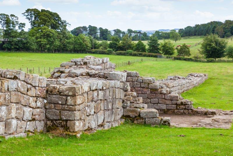 Le noir transporte en charrette la tourelle au mur du ` s de Hadrian images stock