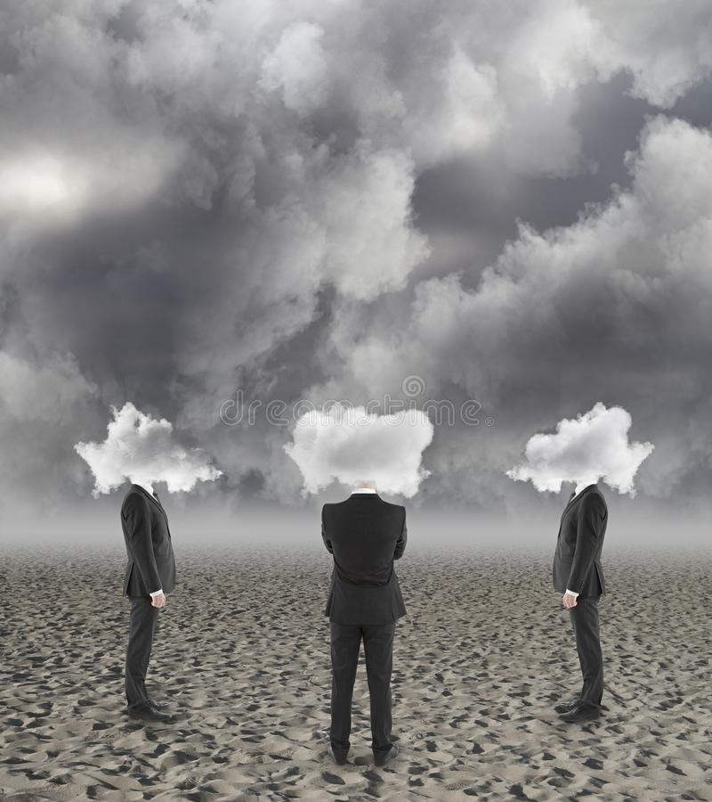 Le nuage a dirigé des hommes d'affaires photographie stock libre de droits