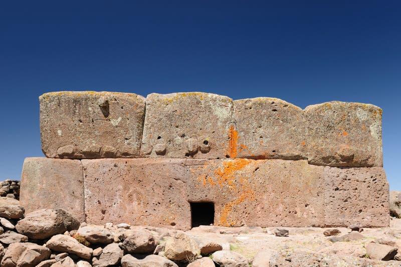 Le Pérou, tours funéraires de Silustrani, région de Titicaca images stock