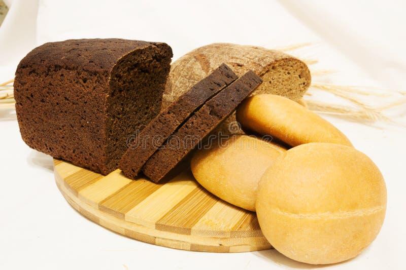 Le pain sur la table photo libre de droits