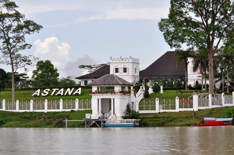 Le palais d'Astana dans Kuching, Sarawak, Bornéo. images libres de droits
